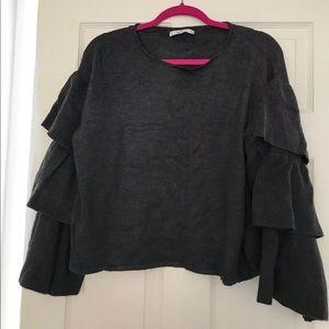 Never worn! ZARA sweater with ruffles S small